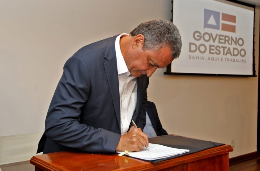 Rui Costa assina medidas preventivas contra coronavírus