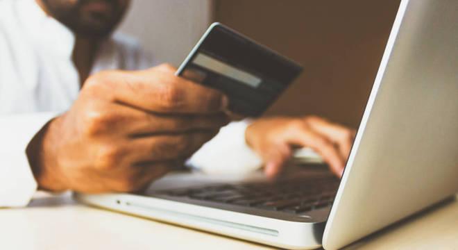 E-commerce brasileiro ganhou 135 mil lojas