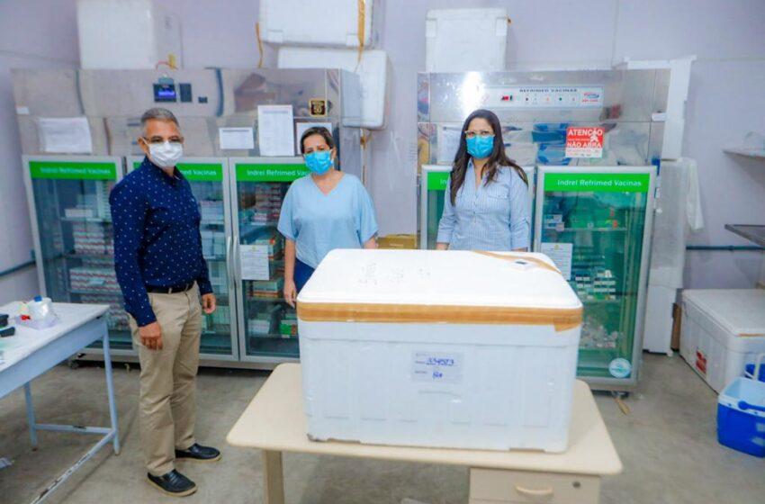 Simões Filho recebe primeiras doses da vacina para COVID-19
