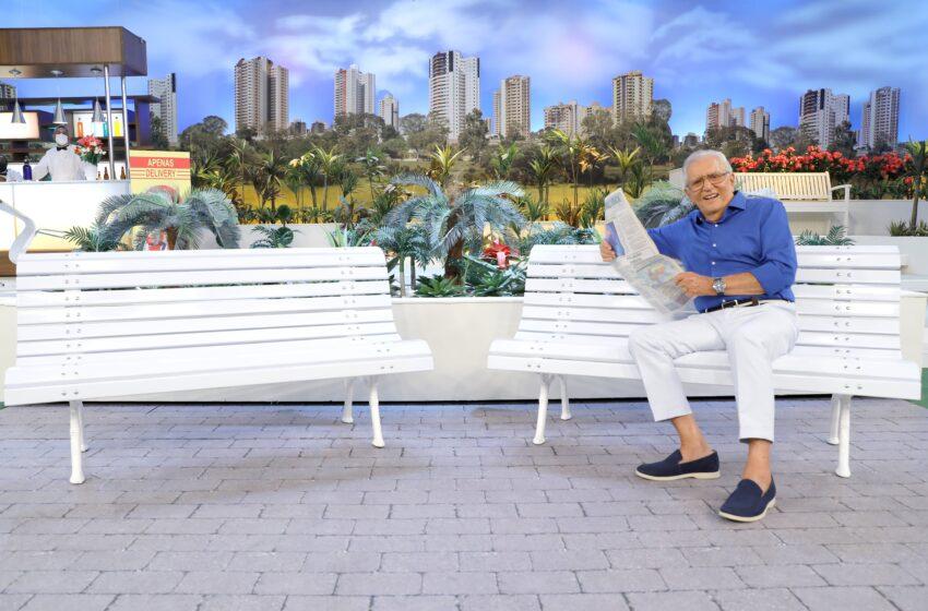 """""""A Praça é Nossa"""" retorna inédita à tela da TV Aratu, nesta quinta, com novos quadros e cenário adaptado"""